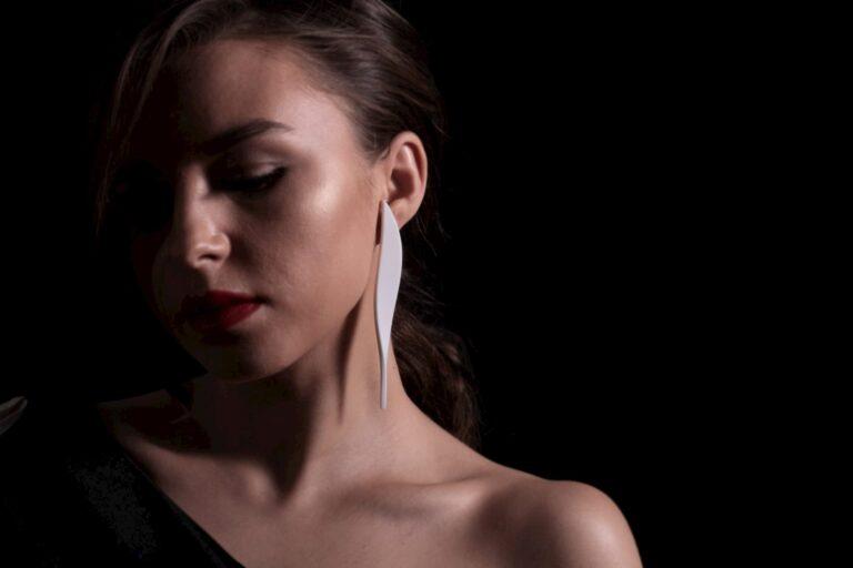 Alma Earring